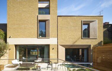 Cero aluminium sliding doors for new build Chelsea home