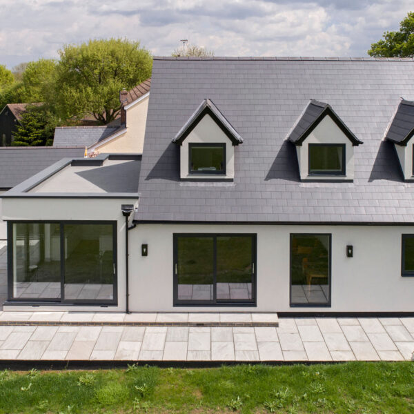 House renovation with sliding system ODC300, fixed windows and curtain walling in Essex