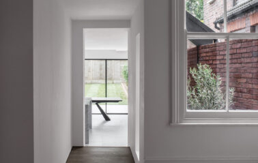 ODC Cero aluminium sliding system with fixed window fitted in north london