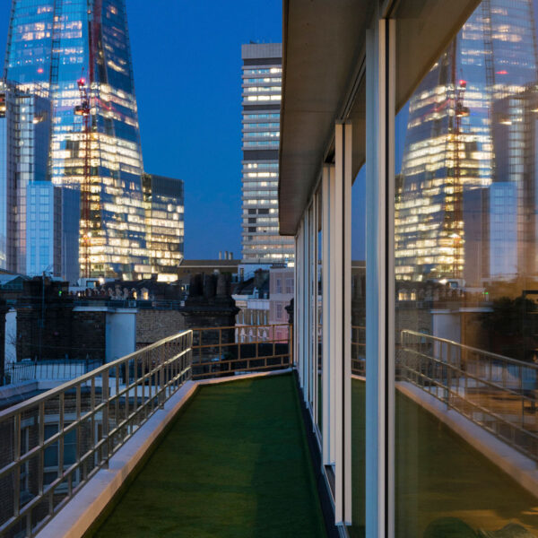 Cero sliding doors for London penthouse