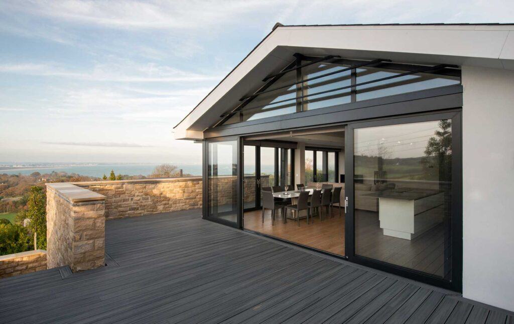 Sliding doors to terrace