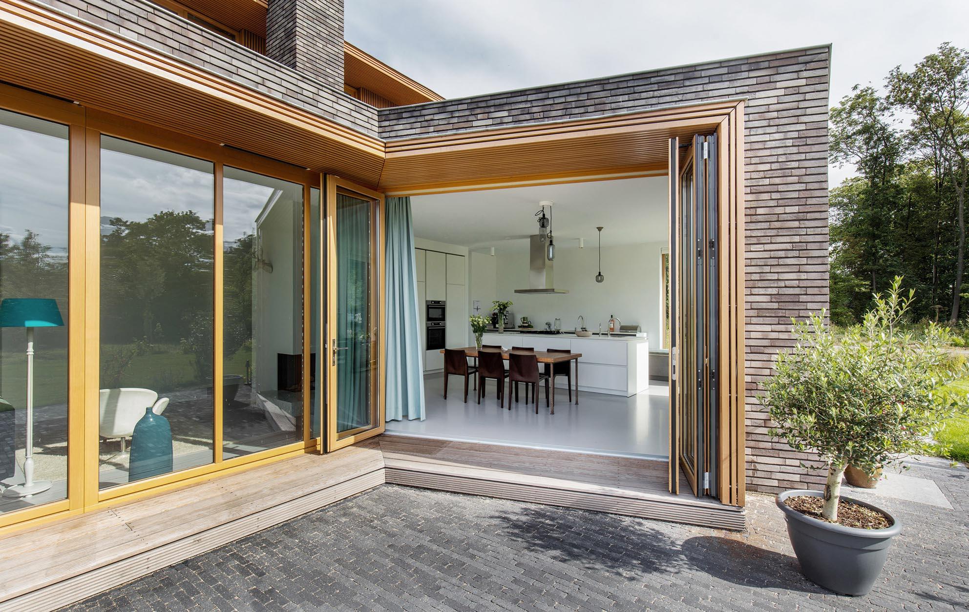Solarlux-Woodline-bifolding-2018_2