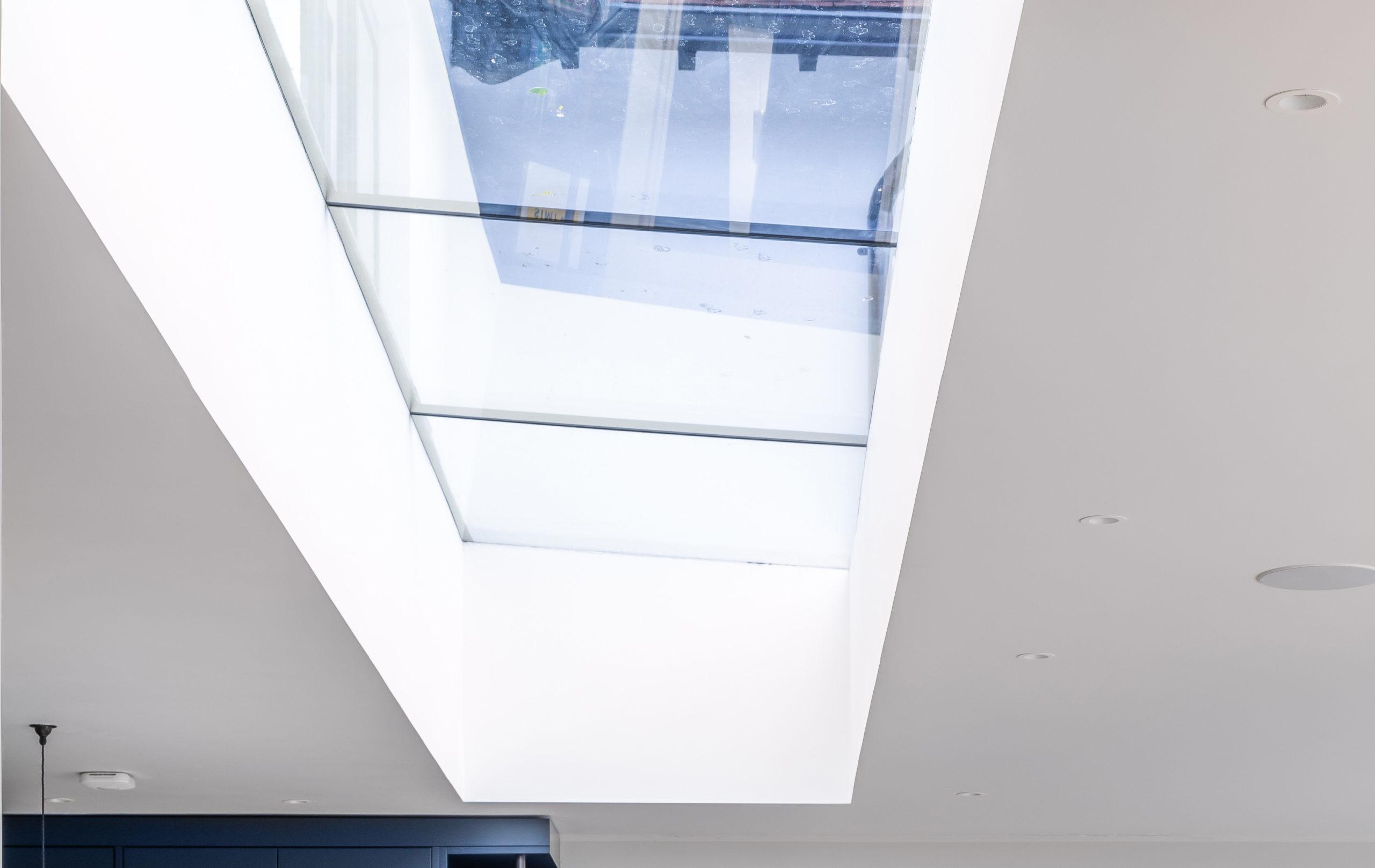 Chilterns-Hill-SL320-Rooflight-Fixed-Window_8
